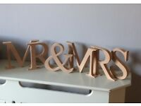 Standing Letters for Wedding Mr & Mrs / Love