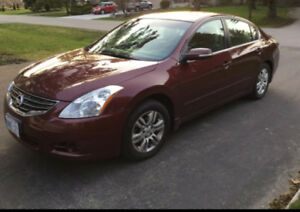 2010 Nissan Altima Top of the line