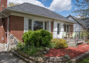 Charming ranch home in London - huge 56 x 175 lot