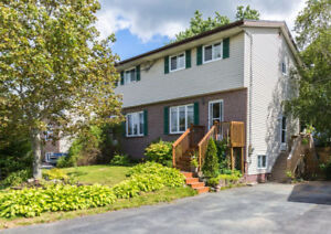 PRICED TO SELL! SEMI-DETACHED IN TIMBERLEA ACROSS FROM LAKE!