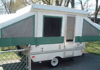 Viking 1906 tent trailer.. Excellent Condition!! Add a room..