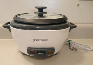 BLACK & DECKER RC506C 6-Cup Cooked/3-Cup Uncooked Rice Cooker
