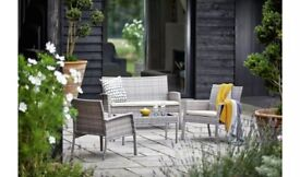 BRAND NEW BOXED 4 PIECE GARDEN SOFA CHAIRS TABLE SET(INCLUDES CUSHIONS)OPEN TO OFFERS £300