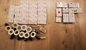 Spurs:Fridge Freezer+Washing Machine+Cooker+Fan Boost,Sockets,Switches,2 Shaver Sockets & Downlight