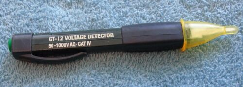 GREENLEE GT-12 VOLTAGE DETECTOR- PORTABLE HAND HELD TOOL-TESTED WORKS