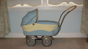 DOLL CARRIAGE - GERMAN - ANTIQUE