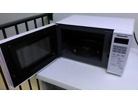 Panasonic Microwave Oven - Like New - Used only a few times