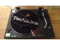 Technics turntable SL-1210 MK2