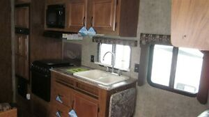 2016 Outdoors RV Creek Side 22RB Comox / Courtenay / Cumberland Comox Valley Area image 3