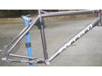 Carrera frame size XL 22 inch vgc