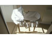 Moses basket and stand, great condition.
