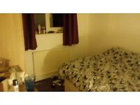 Double room to rent in chester close to main campus