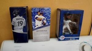GAME ISSUE BOBBLE HEADS  -
