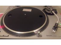 Technics turntable 1200