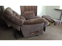RECLINING SOFA ARMCHAIR IN USABLE CONDITION