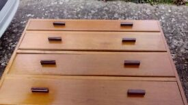 Chest of four drawers oak