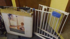 3 child safety gates for stairs