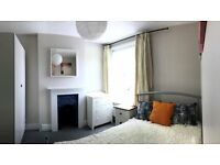 Recently decorated, fully furnished double room in friendly houseshare