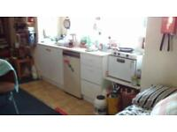 SPACIOUS STUDIO WITH SHARED FACILITIES GOLDERS GREEN NW11