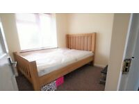 £1,425.00 PCM - THREE BED TERRACE HOUSE TO RENT - DAGENHAM RM8
