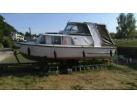 Boat sea master 20 ft cabin cruiser with Trailer