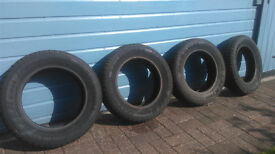 14 inch tyres hardly used. (165/70/R14)