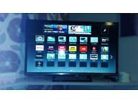 """Panasonic 32"""" smart TV"""