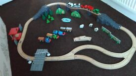 Wooden, plastic big 80piece railway, train set