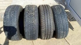 195/60R 15 tyres.