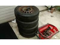 4 tyres like new Car wheels tyres / rims
