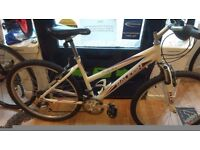 """Raleigh Carolina 18"""" Frame mountain bike front suspension, 26"""" alloy wheels and frame bicycle"""