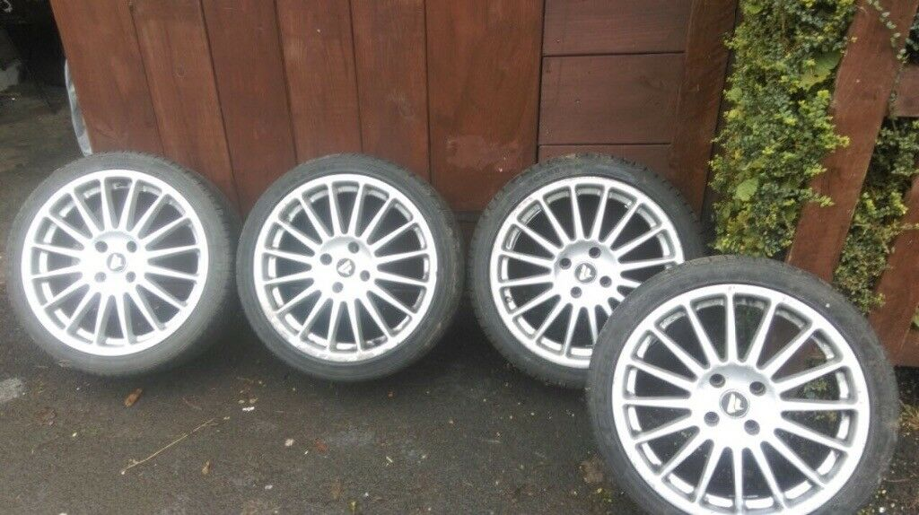 Alloy wheels with tyres 17""