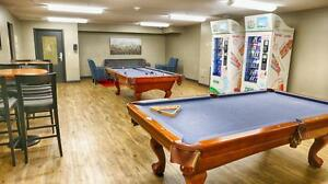 Student Apts. near Oxford St. E & Talbot in London - WIFI Incl. London Ontario image 9