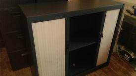 High Quality Storage Unit with lockable sliding doors