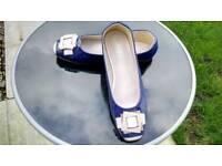 Lovely flat Square toe shoes. Size UK 8