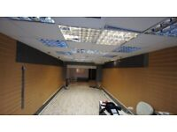 *PRICE REDUCED* A1 SHOP LEASE FOR SALE IN POPULAR BUSY AREA WITH BASEMENT GREEN STREET