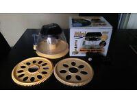 Brinsea Mini Advance Incubator, plus Mini Advance Small 12 Egg Tray