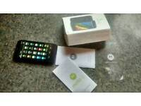 Moto g mint cond with box