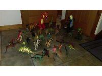 Huge lot of 35 dinosaurs, including Screature, Imaginex, etc...!