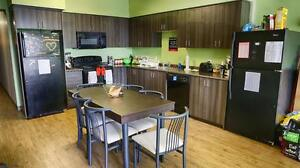 Waterloo & Laurier Student Apts! WIFI Included! MUST SEE! Kitchener / Waterloo Kitchener Area image 1