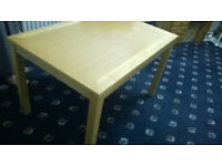 Wood Pine Table (Excellent Condition)