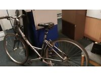 Raleigh P2000 Hybrid Ladies cycle bike - Aluminium bike for parts /repair