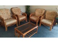 Conservatory furnture 6 chairs table