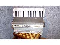 Fabulous Soprani piano accordian