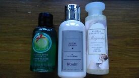 Travel size shower gel and bath cream for sale!