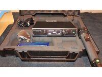 Sennheiser EW D1-835-H-UK Digital Wireless Microphone - mint condition.