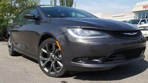 2016 Chrysler 200 S 3.6L| Dual Sun| Nav| H/C Leath| Heat Wheel|