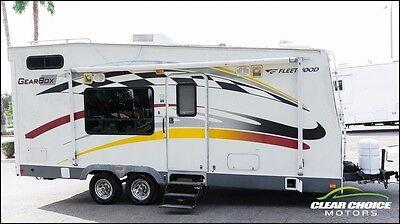 2005 FLEETWOOD GEARBOX 26' TOY HAULER RV TRAVEL TRAILER - SLEEPS 6 - GENERATOR