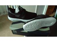 Mens size 7 trainers brand new