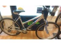 """Freespirt Paris 19"""" Frame alloy 26"""" wheels, very good condition fully serviced and working bike"""